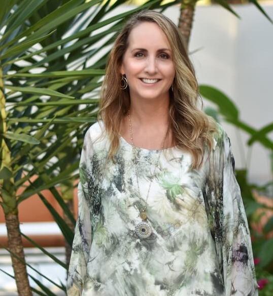 Holistic Healer and Transformational Life Coach Shannon MacDonald (small)